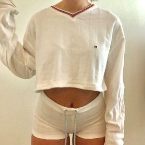TOMMY CROP and SHORTS SET🌟